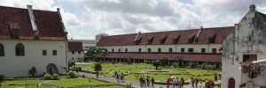 8 Wisata Bangunan Makassar