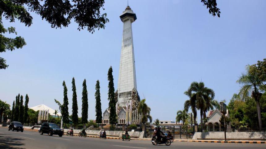 Monumen Mandala Monumen Mandala - Dolan Dolen