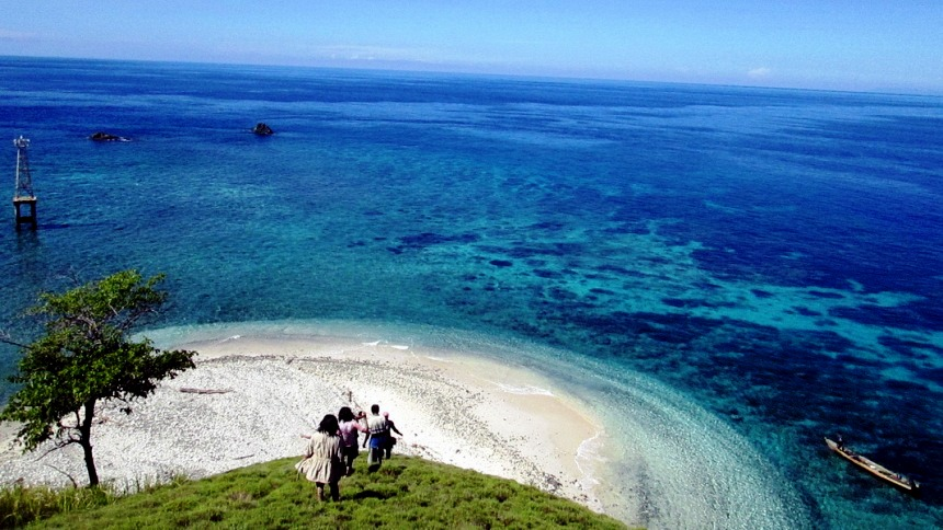 Taman Laut Tumbak Manado Taman Laut Tumbak Manado - Dolan Dolen