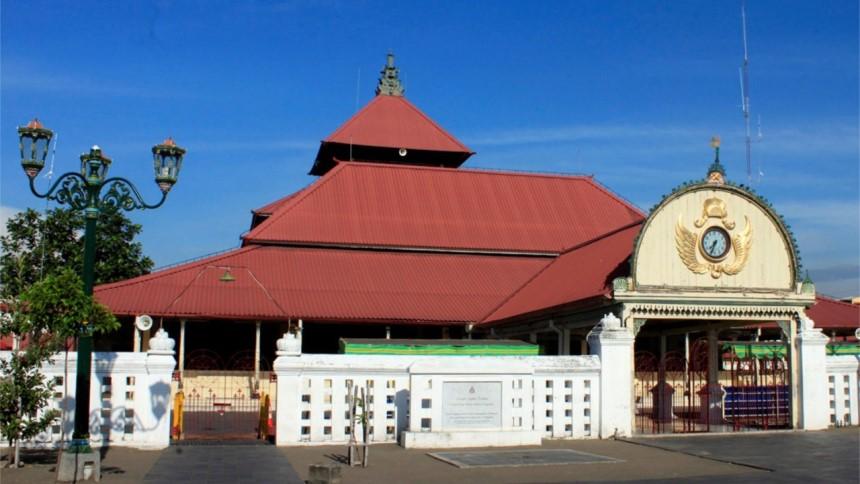 Masjid Gedhe Kauman Masjid Gedhe Kauman - Dolan Dolen