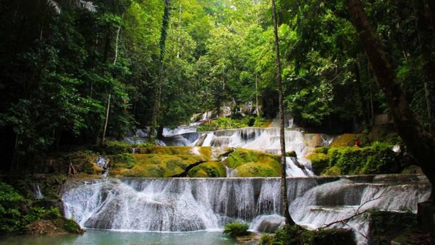 Air Terjun Moramo Sulawesi Tenggara Air Terjun Moramo Sulawesi Tenggara - Dolan Dolen