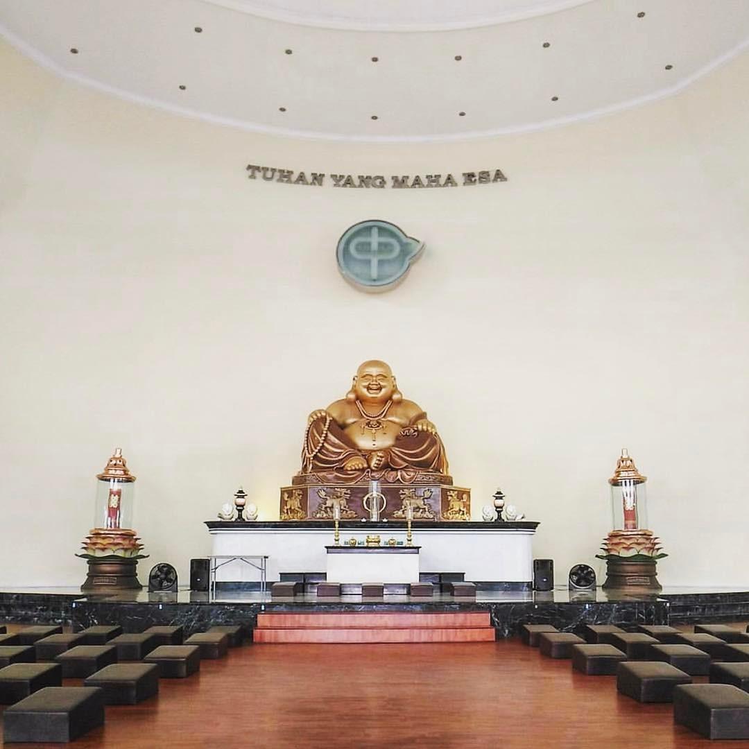 Maha Vihara Pusdiklat Buddha Maitreya, Maha Vihara Buddha Surabaya, Vihara Surabaya, Vihara Buddha, Dolan Dolen, Dolaners, Surabaya