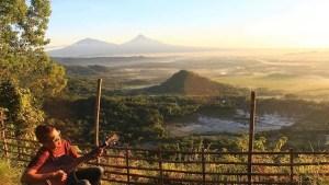 Puncak Moyeng, Puncak Moyeng Yogyakarta. Yogyakarta, Dolan Dolen, Dolaners