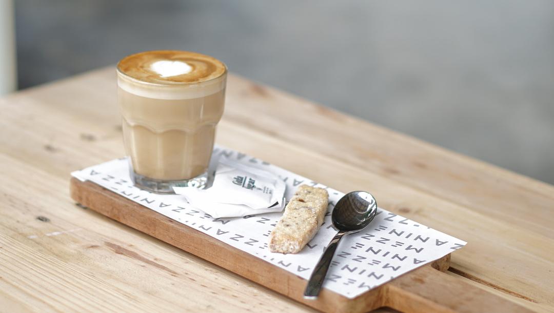 Mezzanine Eatery & Coffee, Mezzanine Eatery & Coffee Yogyakarta, Yogyakarta, Dolan Dolen, Dolaners