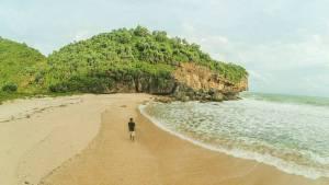 Pantai Kayu Arum, Pantai Kayu Arum Yogyakarta, Yogyakarta, Dolan Dolen, Dolaners Pantai Kayu Arum by kumans   - Dolan Dolen