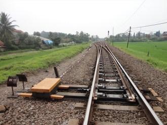 susur rel kereta api jalur selatan (66)