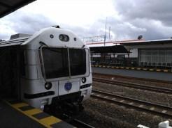 kereta-api-prambanan-ekspres-prameks-stasiun-yogya-tugu-solo-balapan-2