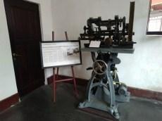 bangunan lawang sewu semarang eks bekas kantor kereta api nis hindia belanda (172)