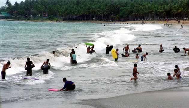 Pantai Cerita Anyer Ramai