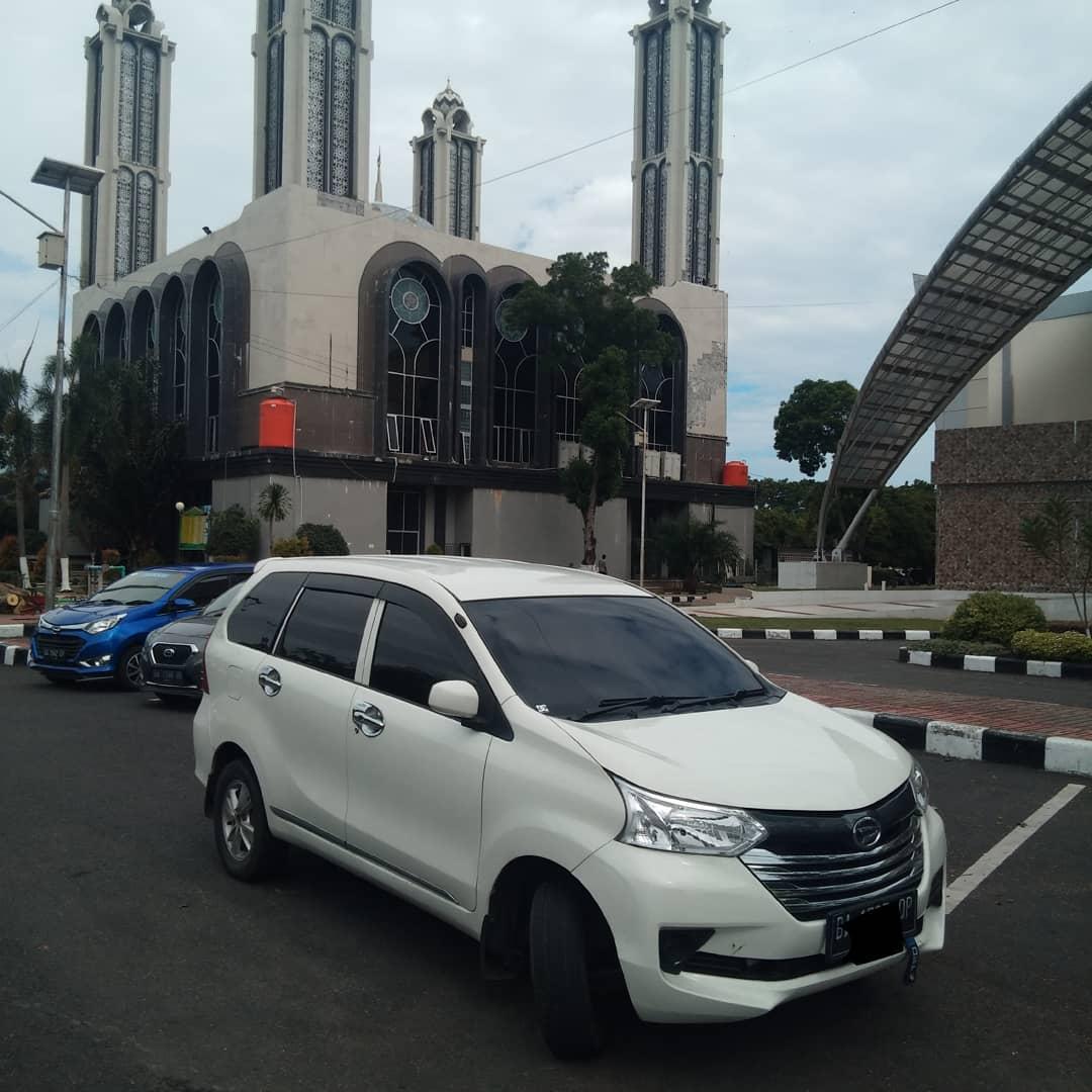 Mobil Rental Mobil Padang
