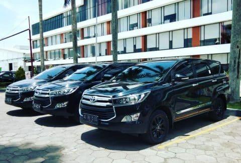 10 Tempat Rental Mobil Solo Dalam Dan Luar Kota Murah 3