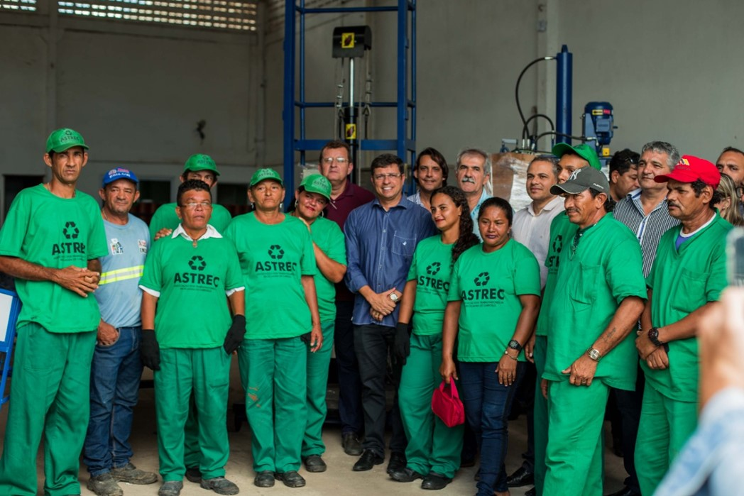 SustentaMundoBR Parahyba - Galpão da ASTREC - Associação dos Trabalhadores de Reciclagem de Cabedelo_Entrega de equipamentos de coleta aos cooperados da ASTREC 3