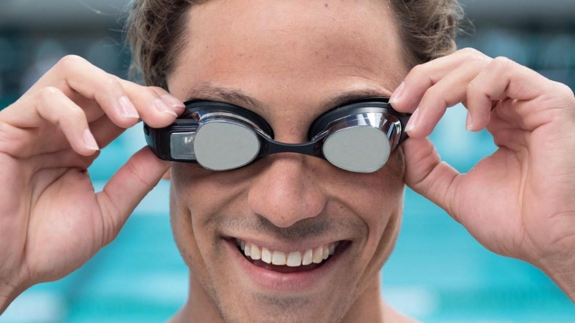 Recensione Form Swim: Occhialini smart per il nuoto 2