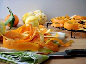 come essiccare le bucce di arancia