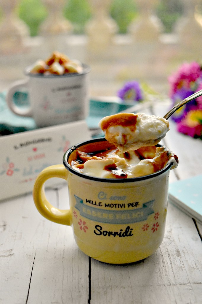 Crema di latte con panna e caramello