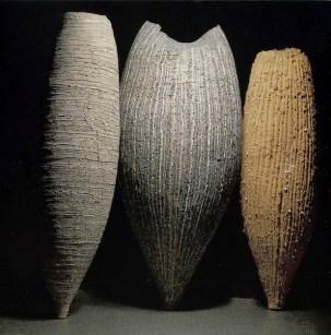 Gerres nº 10, 11, 12 , 1997, gres , de la serie Quinze Gerres. 155 x 46 cm