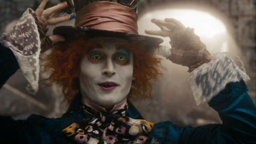 Alice-In-Wonderland-Screencaps-mad-hatter-johnny-depp-14576651-500-281