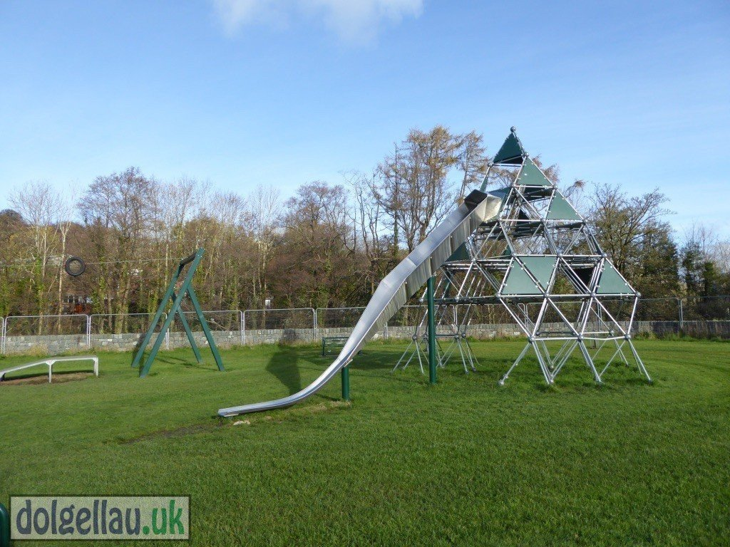 Dolgellau Parc Play Area