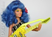 Hasbro Jem and the Holograms doll Stormer of the Misfits yellow glitter guitar correct holding