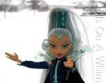 Mattel Winx Club Witch Icy torso head snow scene