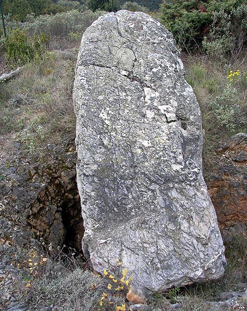 Dolmen Menhir : dolmen, menhir, Fournès, Dolmen, Menhir, Apart., Dolmens, Found