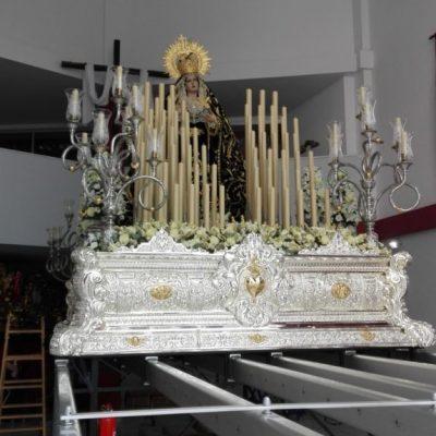 Exorno floral del trono procesional