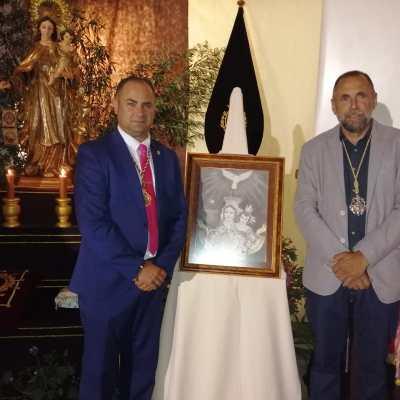 D. Oscar Danil Brenes (Presidente de la Asociación Virgen del Carmen de Junta de los Caminos) con nuestro Hermano Mayor, D. Enrique Luque.
