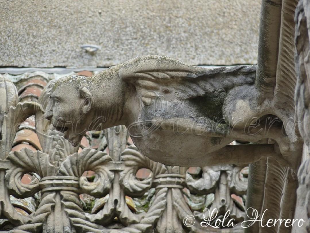 Gárgola Casa de las Conchas (Salamanca) 70