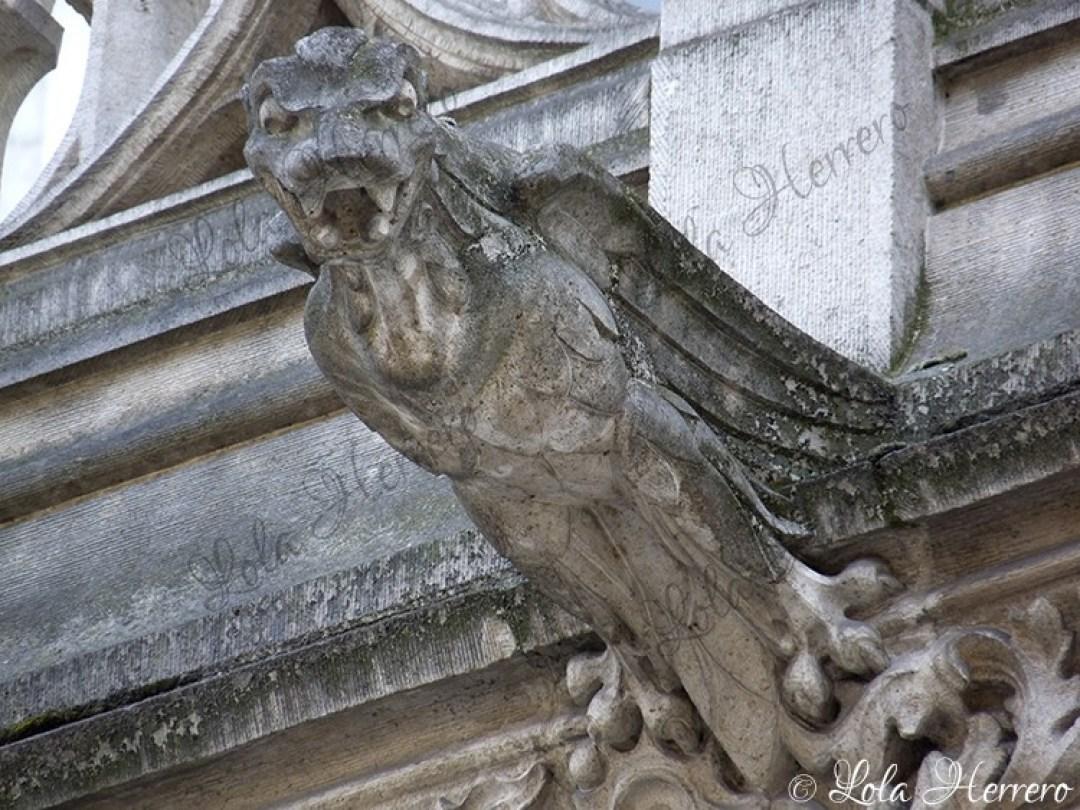 Gárgola Catedral Bruselas (Bélgica) (364)