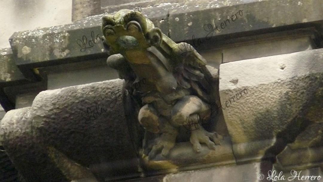 Gárgola Catedral Vitoria (402)