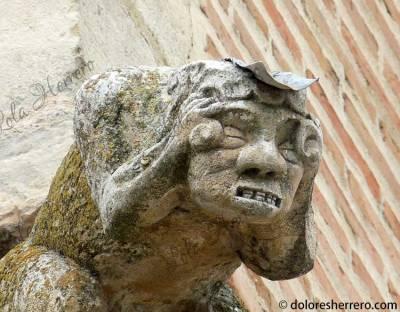 Gárgola de la Iglesia de Nuestra Señora de la Soterraña (Santa María la Real de Nieva, Segovia)