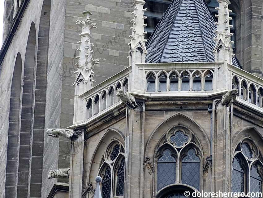 Realismo y fantasía en las gárgolas. La Catedral de Aquisgrán