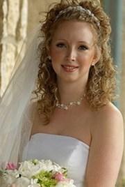 peinado novia pelo rizado