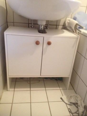 Waschbecken-unterschrank - 5€