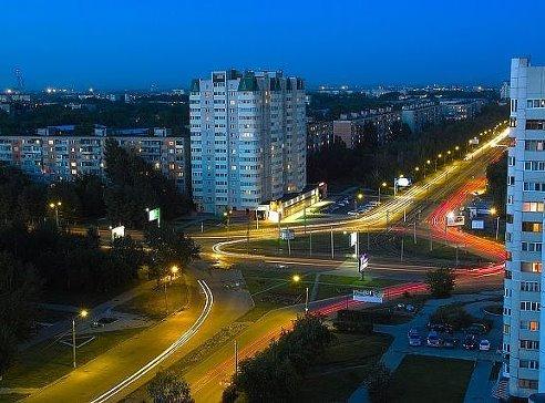 Пересечение улиц Попова и Антона Петрова