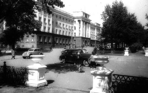 ЛЕНИНСКИЙ ПРОСПЕКТ.50е годы