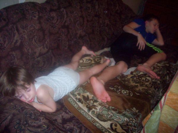Младшие спят