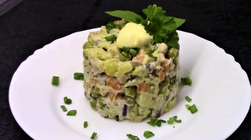 Кальций қосылған ең дәмді салат - бұл қадам-қадамдық рецепт