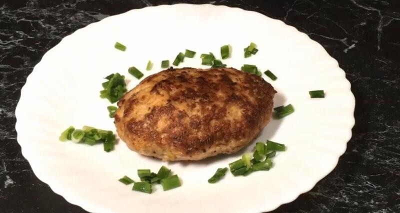 """Das Fleischgericht mit Käse ohne Brot wird sanft und als ob sie """"im Mund schmilzt""""! Am Ausgang werden 15 Schwanzteile erhalten!"""