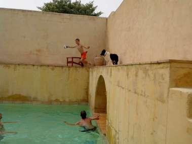 Photos - Partie de Volley dans la piscine du Viala
