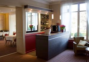 hotel_bar_lounge