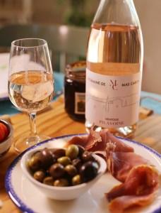 Accord mets et vins au Mas Caron: Pilavoine et mets locaux