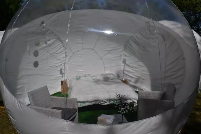 Domaine-des-Vaulx-Cabane-Bubble-dormir-sous-les-etoiles