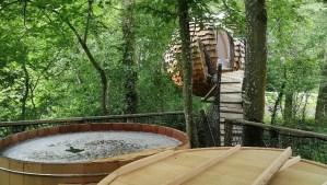 Le spa de la cabane lov'nid au Domaine des Vaulx