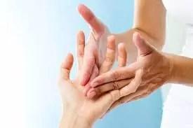 massage des mains domaine des vaulx