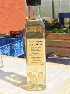 Bouteille de vinaigre de miel