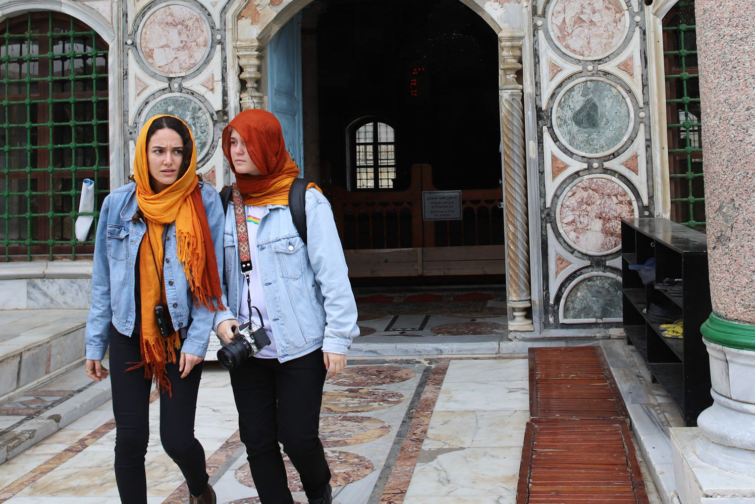 TravelMagazine.org presents works of nomad photographers