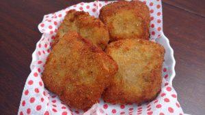 berinjela empanada recheada com queijo