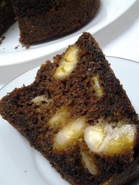 bolo de banana com castanha