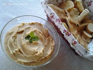 pasta de grão de bico - o famoso homus
